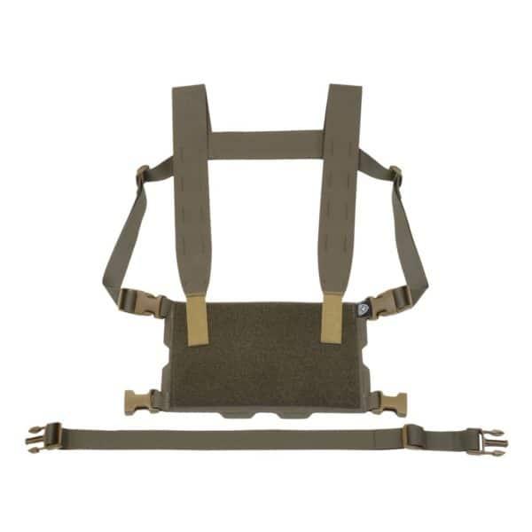 Minimalistyczny chest rig od Ferro Concepts kompatybilny z szerokim wachlarzem kieszeni oraz akcesoriów serii ADAPT Carrier System, co pozwala na jego konfigurację wg potrzeb