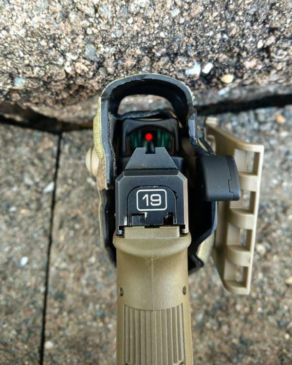 Nakładka OT Defense Nub MOD, pozwala na modyfikacje systemu ALS, w kaburach Safariland.